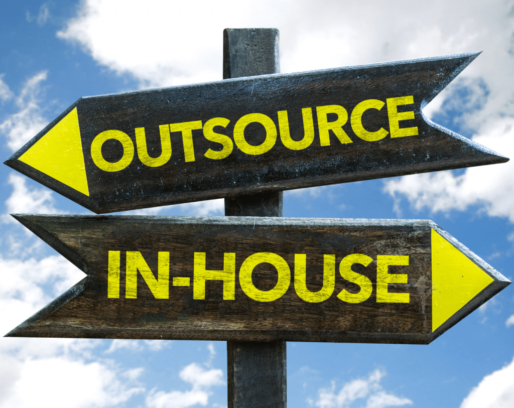 outsource ili inhouse